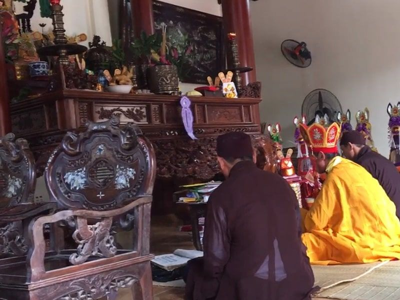 https://chuyennhaanphat.com/upload/news/2060803642_thay-cung-nhap-trach-ve-nha-moi-khai-truong-dong-tho-tai-ha-noi.jpg