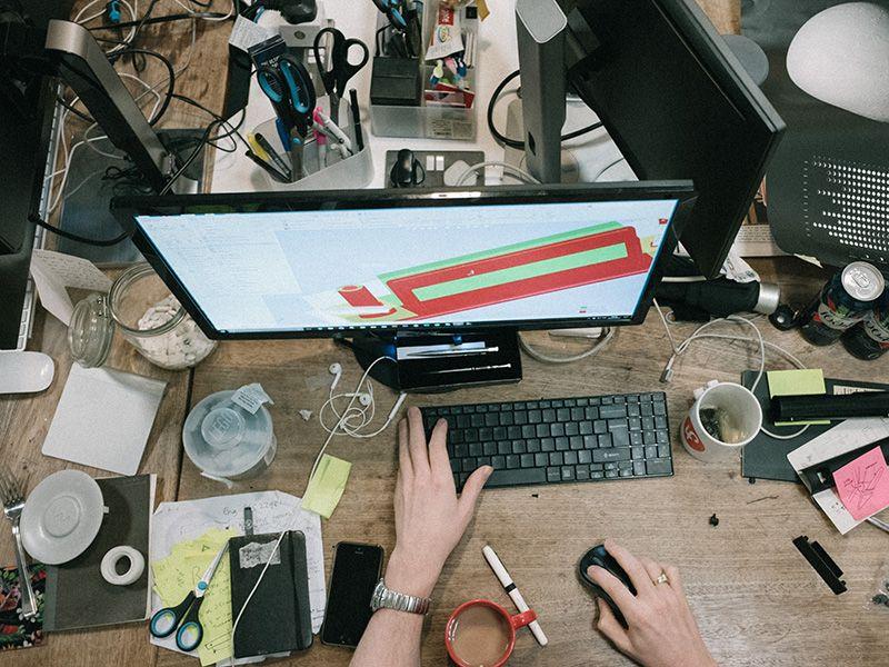 Tạo thói quen sắp xếp lại bàn làm việc